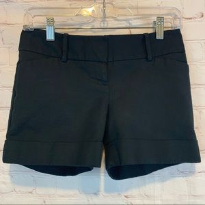 The Limited Drew Fit black cuffed shorts size 0